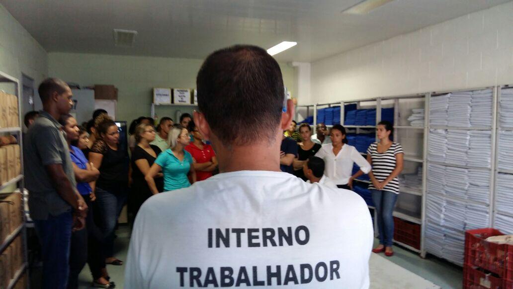 Calouros de Direito da Doctum Serra realizam visita técnica em Penitenciária em Vila Velha