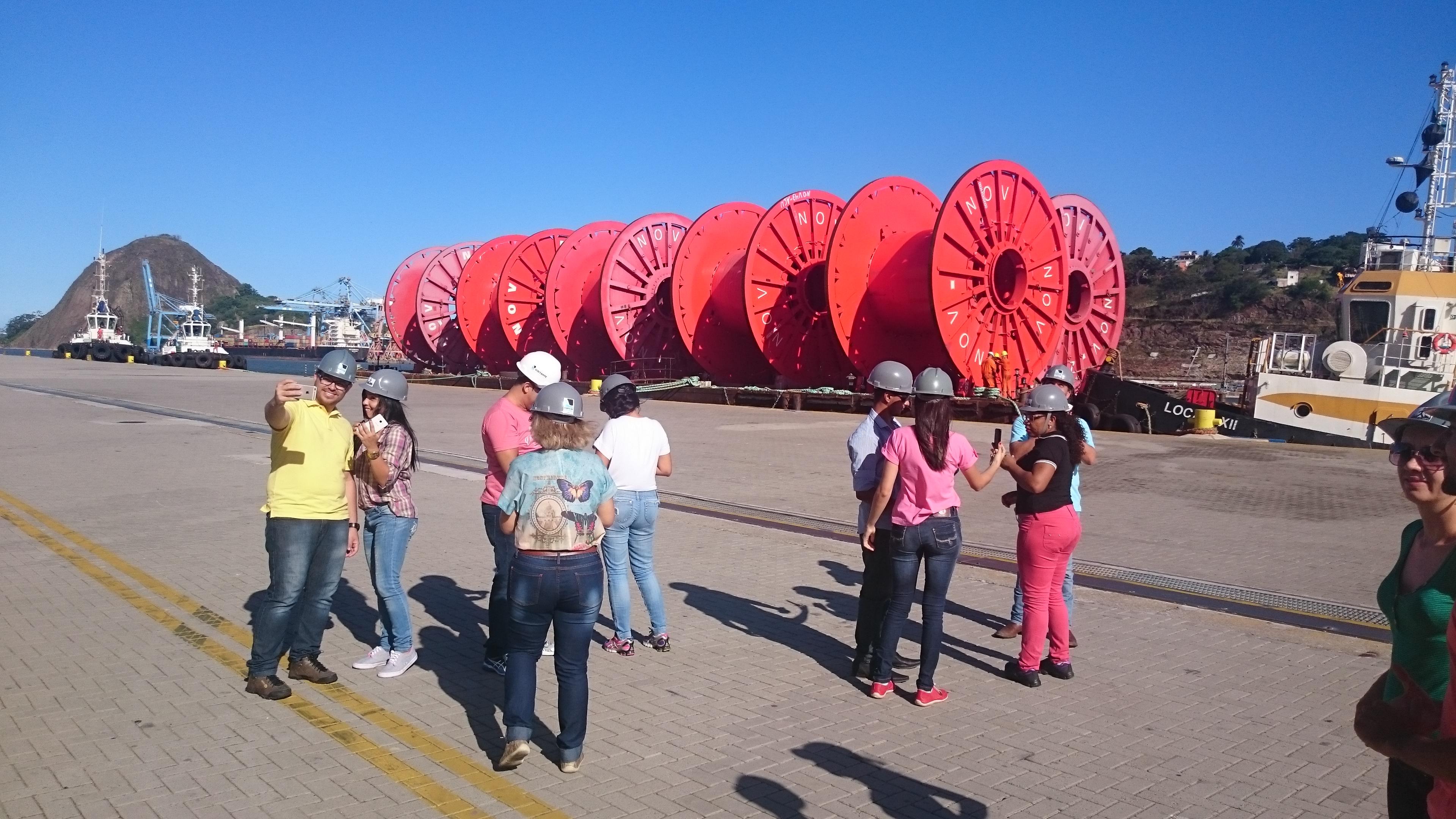 Alunos de Administração da Doctum Vila Velha visitam Porto de Vitória