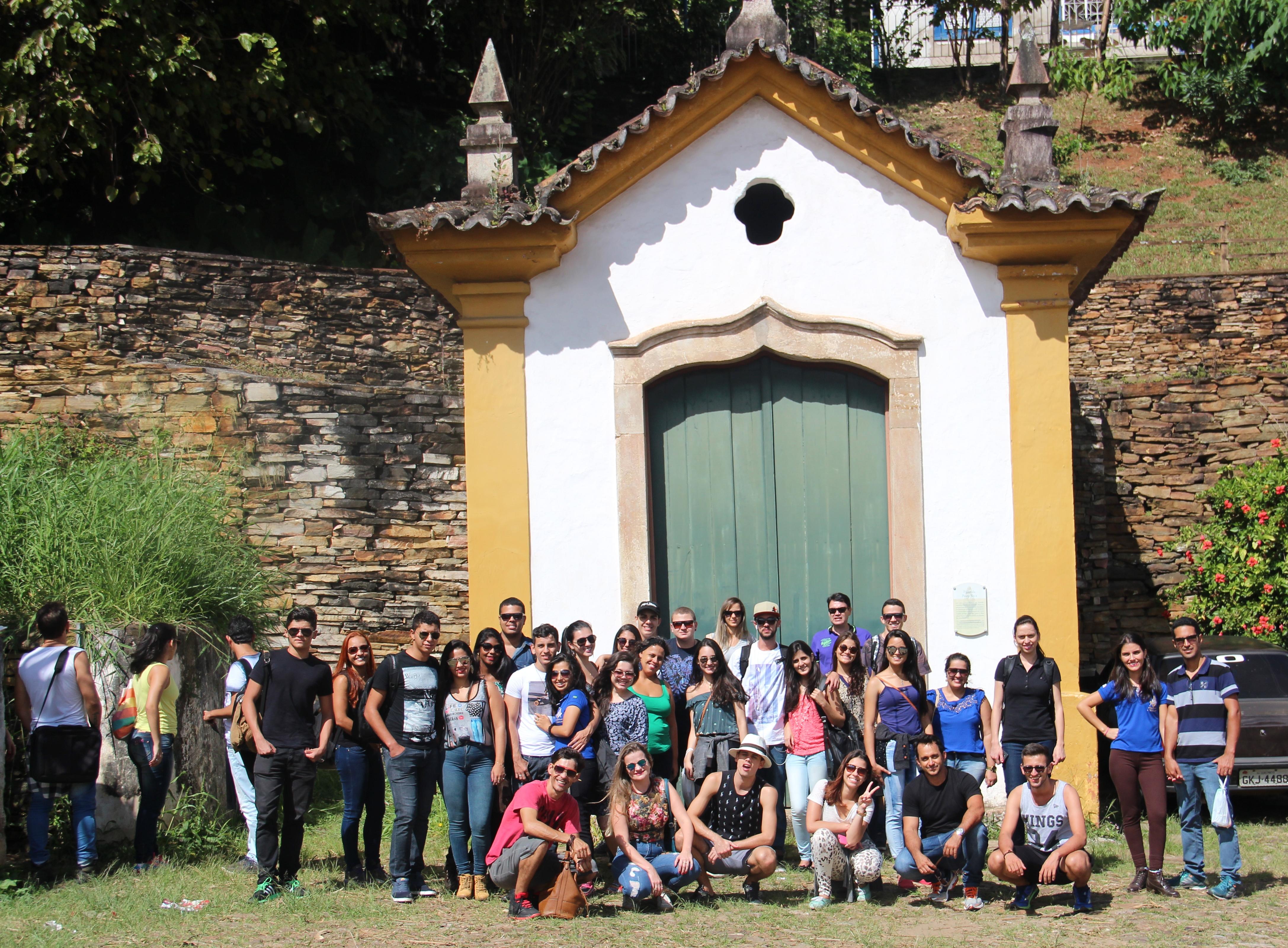 Alunos de Arquitetura, campus Caratinga, visitam a histórica Ouro Preto