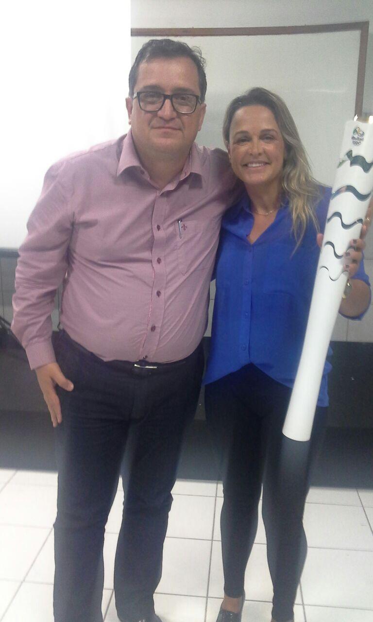 Neymara Carvalho, pentacampeã de Bodyboard, faz palestra na Doctum Vila Velha