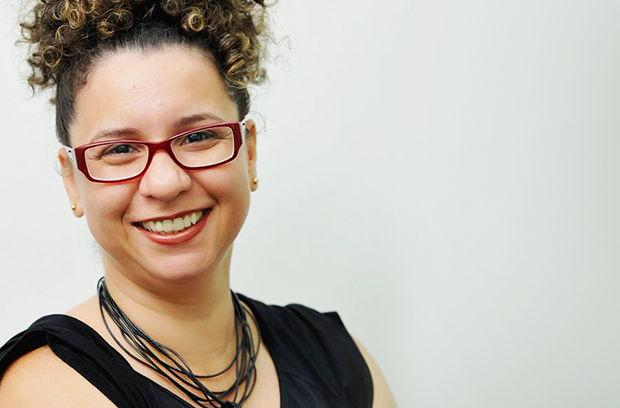 Professora da Doctum Serra lança livro em São Paulo