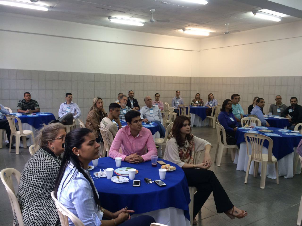 """Doctum Vila Velha promove Café Empresarial com o tema """"Varejo de Alto Impacto"""""""