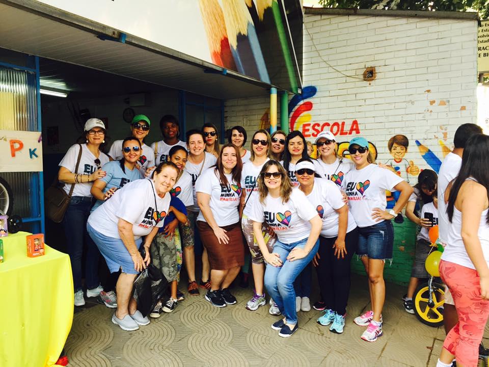 Escola Pingo de Gente realiza passeio ciclístico em comemoração à Semana da Família