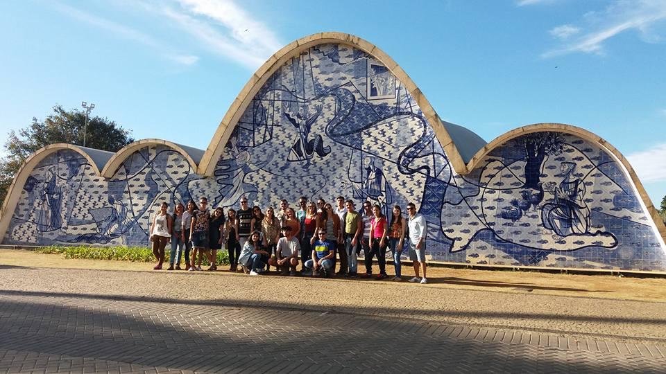Alunos da Arquitetura e Urbanismo/FIC fazem visita técnica aos Centros Culturais de Belo Horizonte
