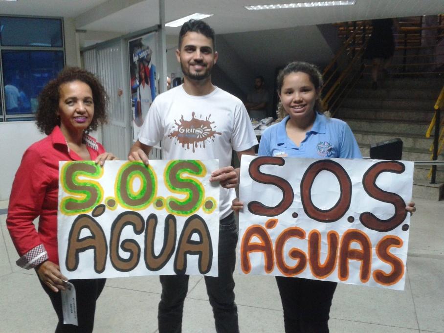 Equipe da Empresa Júnior da Doctum Vitória faz alerta sobre crise hídrica