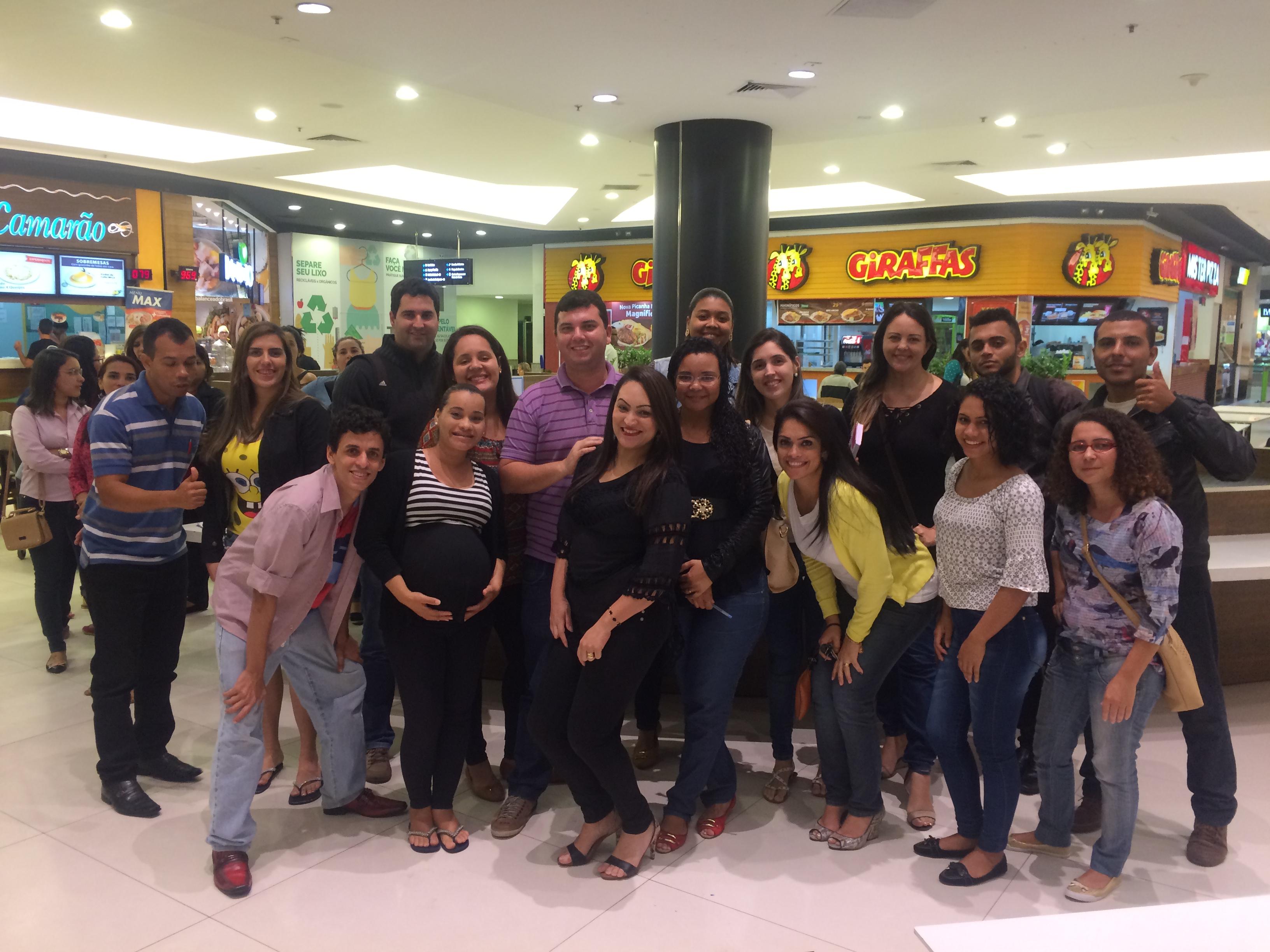 Alunos de Vila Velha têm aula diferente em shopping da cidade