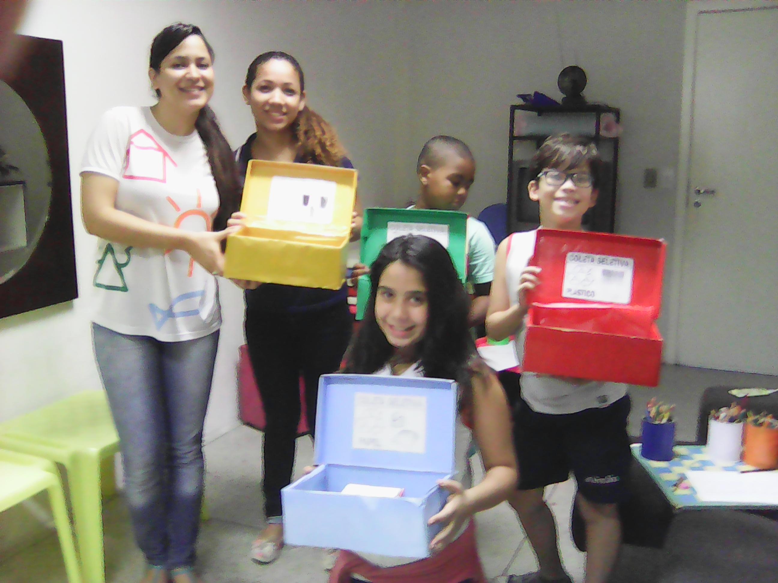 """Projeto Recicla Cidadão é aplicado no """"Espaço Mirim"""" da Doctum de Vitória"""