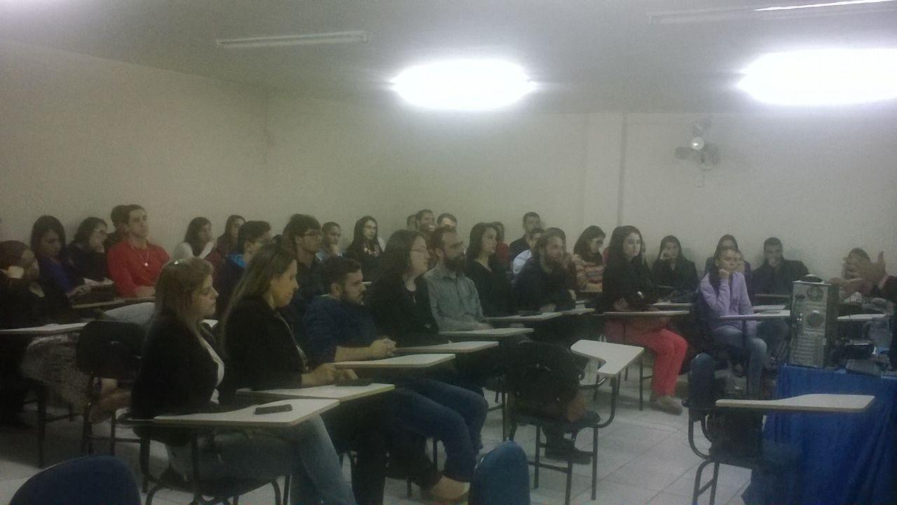 Palestra sobre Empreendedorismo movimenta curso de Administração em Iúna