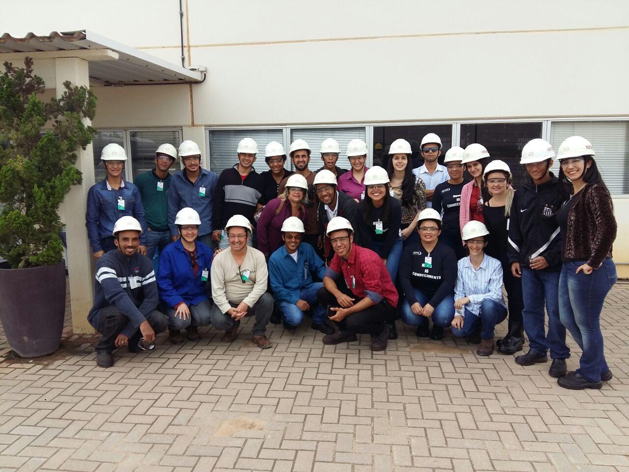 Alunos de Engenharia de Produção de Serra Visita Técnica ao Estaleiro Jurong