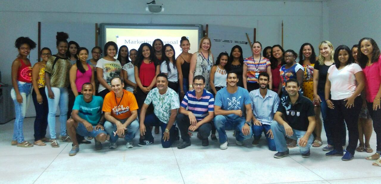 Curso de verão atrai comunidade na Doctum de Vitória