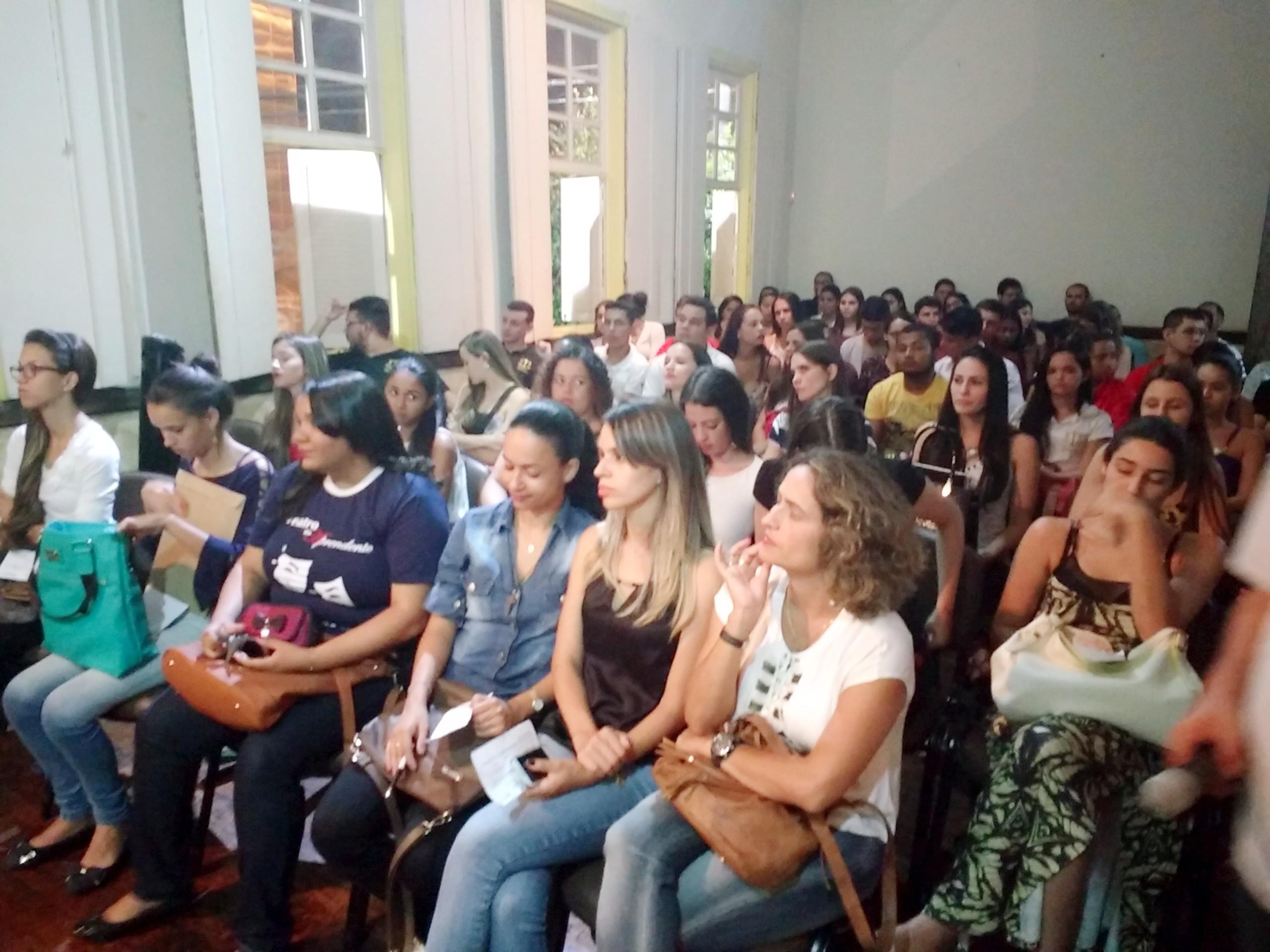 Semana Acadêmica do Curso de Direito discute os Direitos da Mulher