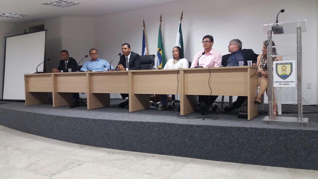 Curso de Direito de Serra promove palestra e fala sobre impactos da ausência da política ostensiva