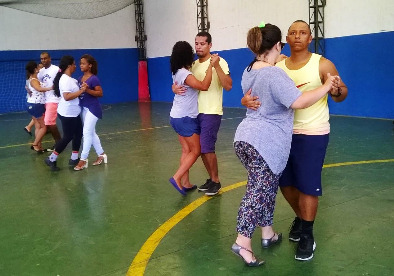 Projeto de extensão ensina dança em ritmos variados na Doctum Vitória