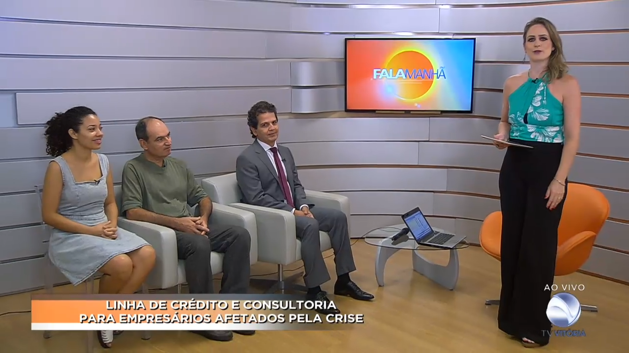 """Equipe da Empresa Júnior é destaque no programa """"Fala Manhã"""" da TV Vitória"""