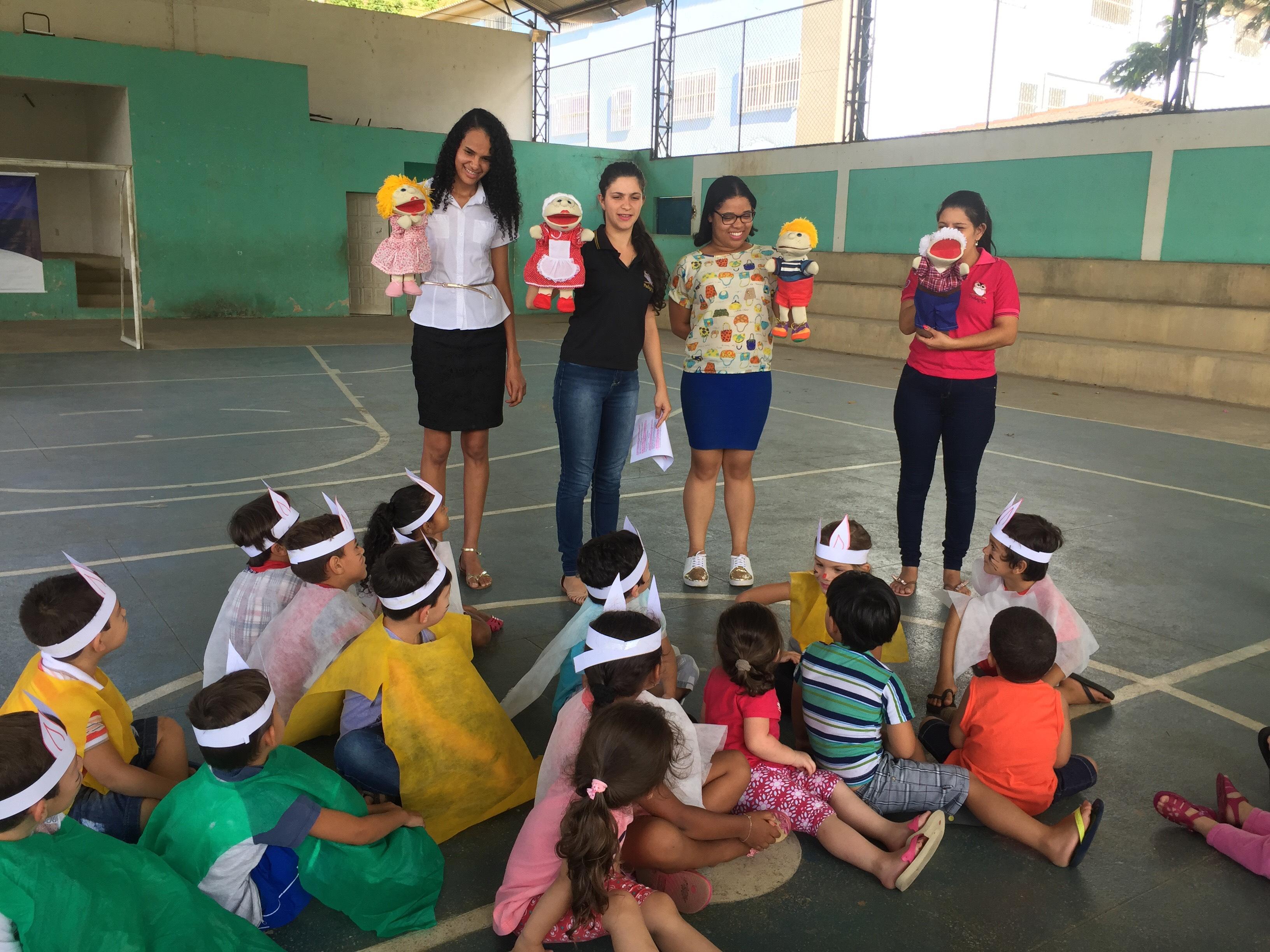 Alunos de Pedagogia visitam creche Manuelina Mataveli em Ibitirama