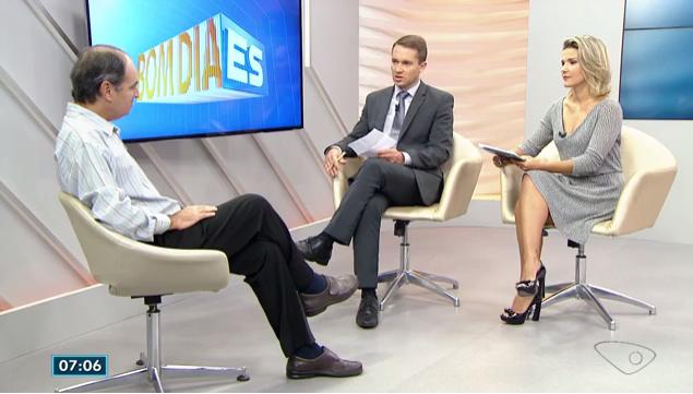 Pesquisa dos alunos da empresa júnior do curso de administração sobre renda mínima é destaque na TV Gazeta