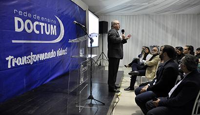 O ENADE e o Futuro do Ensino Superior no Brasil, uma motivadora palestra do professor Paulo Barone