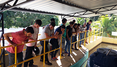 Alunos de Engenharia Civil da Doctum Cataguases fazem visita técnica à Copasa
