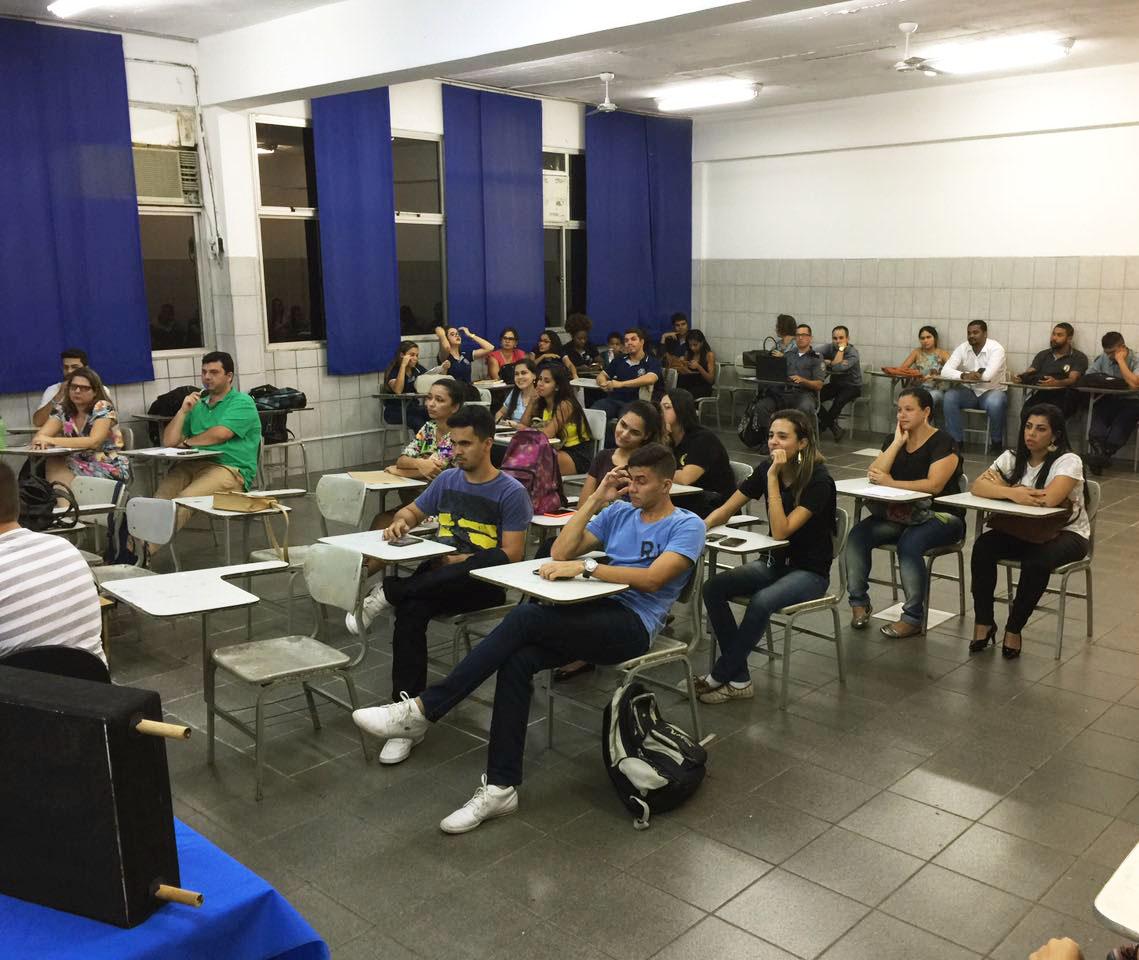 Ateliê Científico é realizado com sucesso na Unidade Doctum Vila Velha