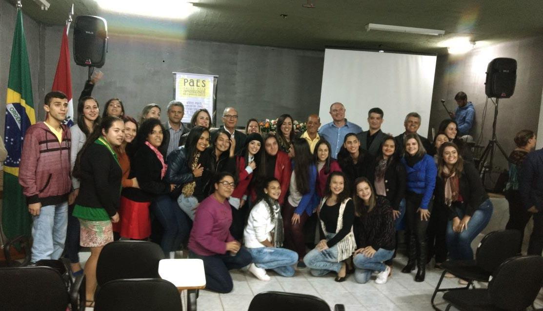 Solenidade de assinatura do Pacto Pela Aprendizagem – ES acontece com presença de alunos da Pedagogia