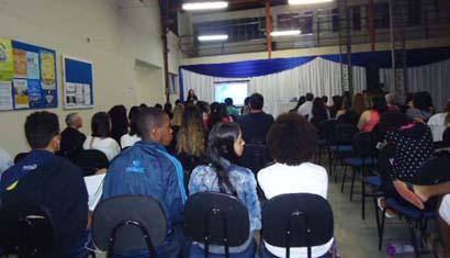 Alunos e professores de Leopoldina retornam à instituição em Aula Inaugural