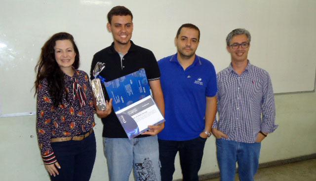 Em Leopoldina, ganhadores das Olimpíadas Acadêmicas 2017 recebem prêmios