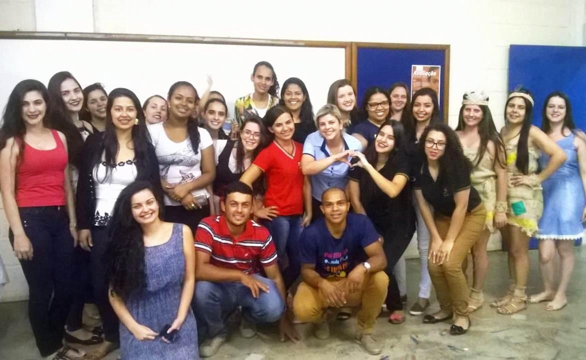 Alunos de Iúna apresentam história do município
