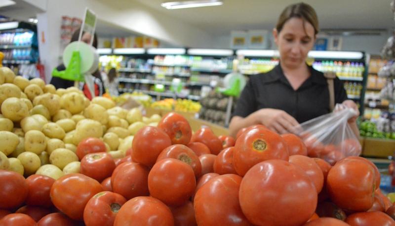 Pesquisadores da Doctum informam sobre valor da cesta básica em Caratinga no mês de janeiro