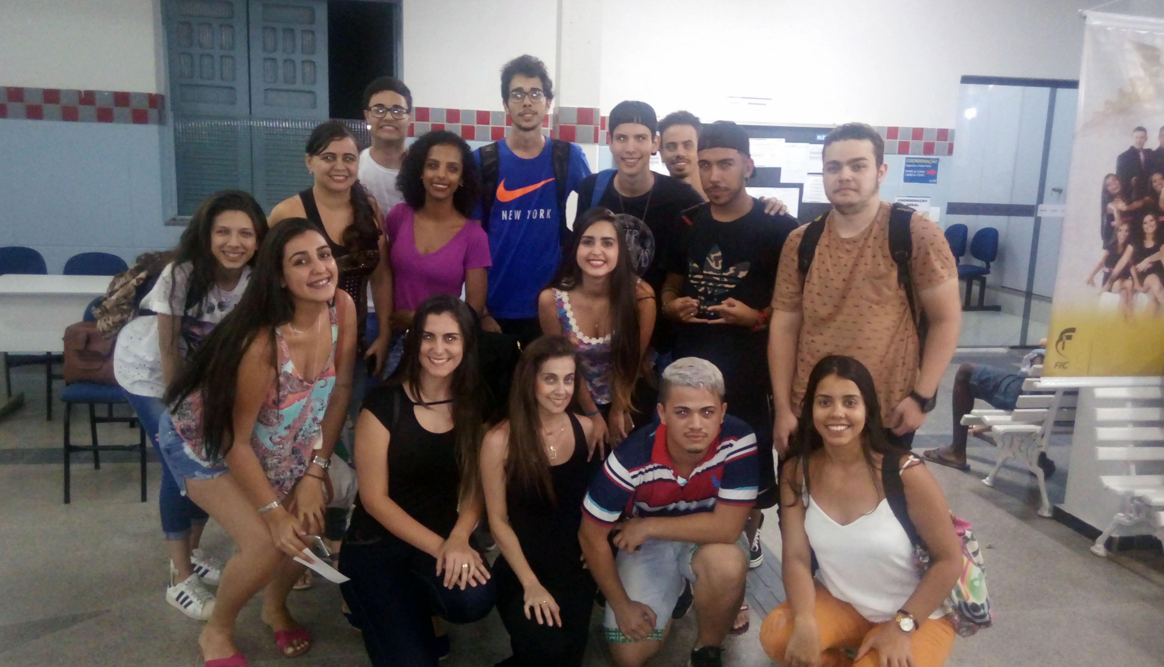 Doctum promove festa de integração entre alunos calouros e veteranos em Caratinga