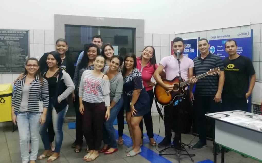 Noite de talentos e movimentos artísticos na unidade Vila Velha