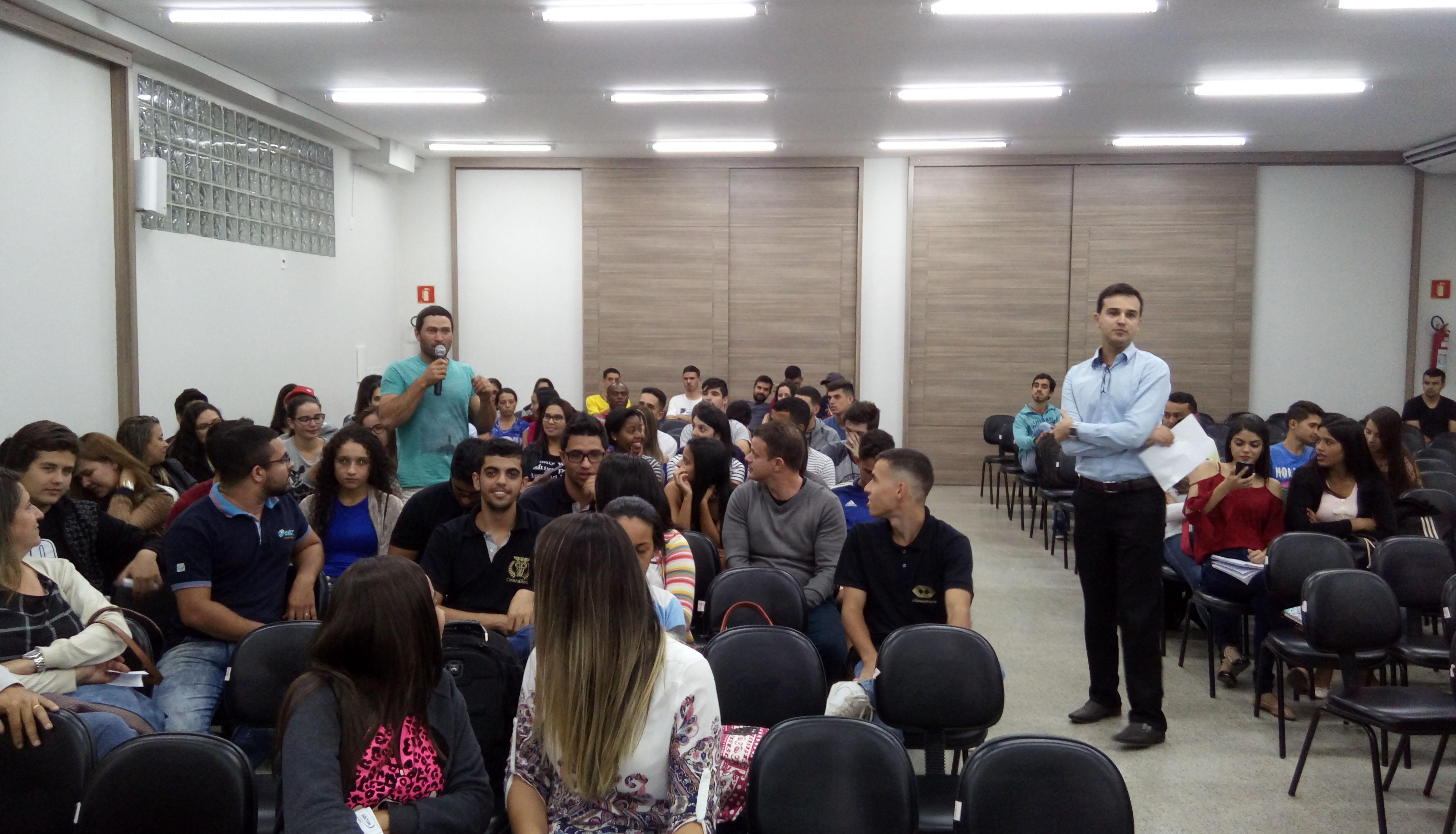 Doctum Caratinga realiza Semana Acadêmica de Administração