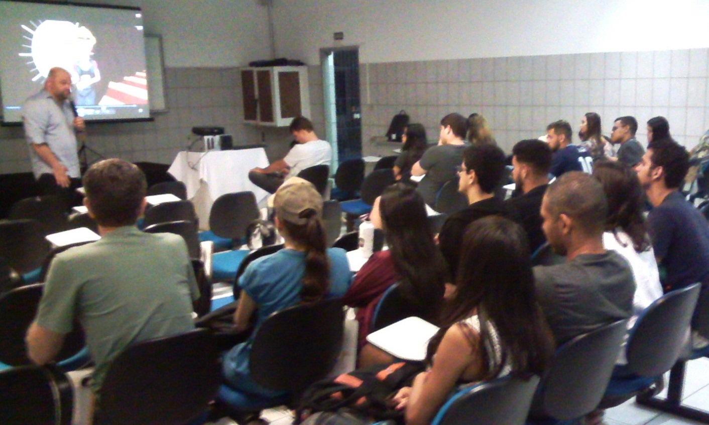 Segurança do Trabalho foi tema de palestra para alunos de Engenharia da unidade Vila Velha