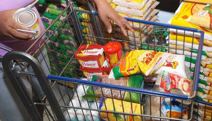 Pesquisadores da Doctum informam sobre valor da cesta básica em Caratinga no mês de abril
