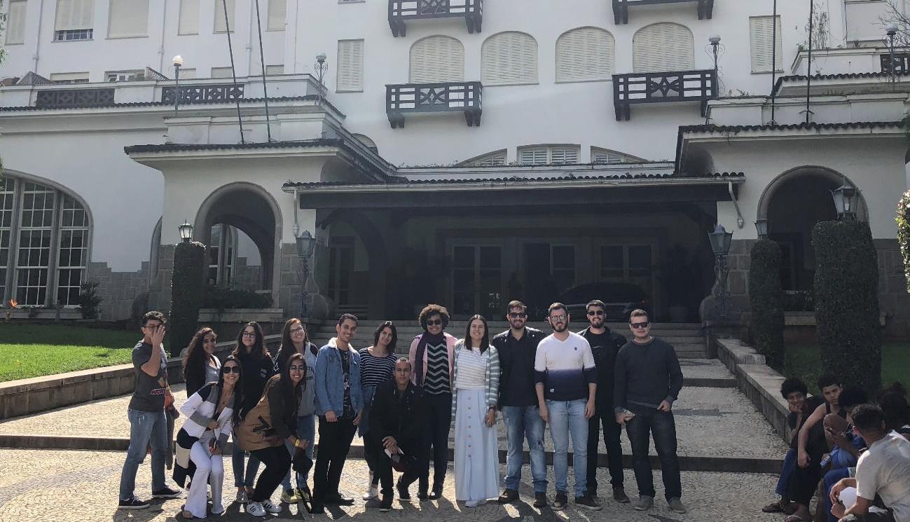 Turmas de Arquitetura e Urbanismo da unidade Juiz de Fora participam de visita técnica em Petrópolis