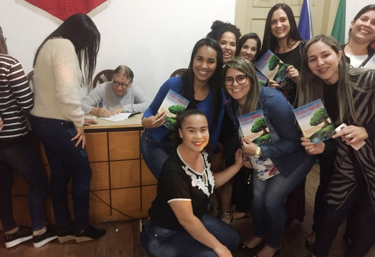 Alunos de Pedagogia de Iúna participam de palestra sobre a Literatura de Monteiro Lobato