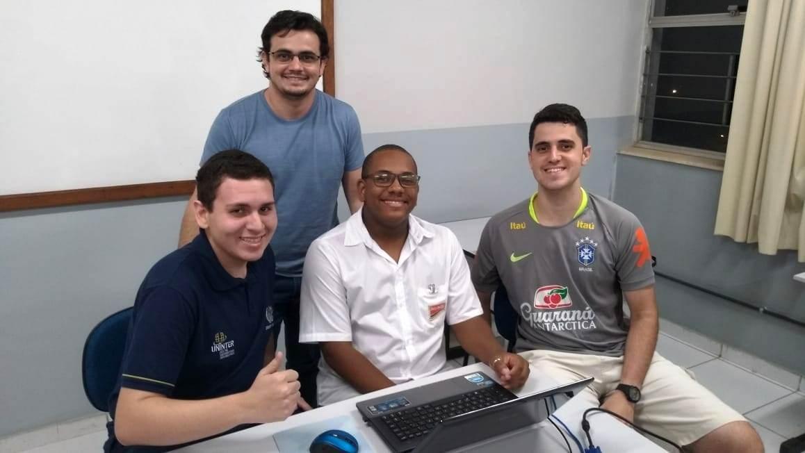 Acadêmicos da unidade Cataguases participam da XXIII Maratona de Programação