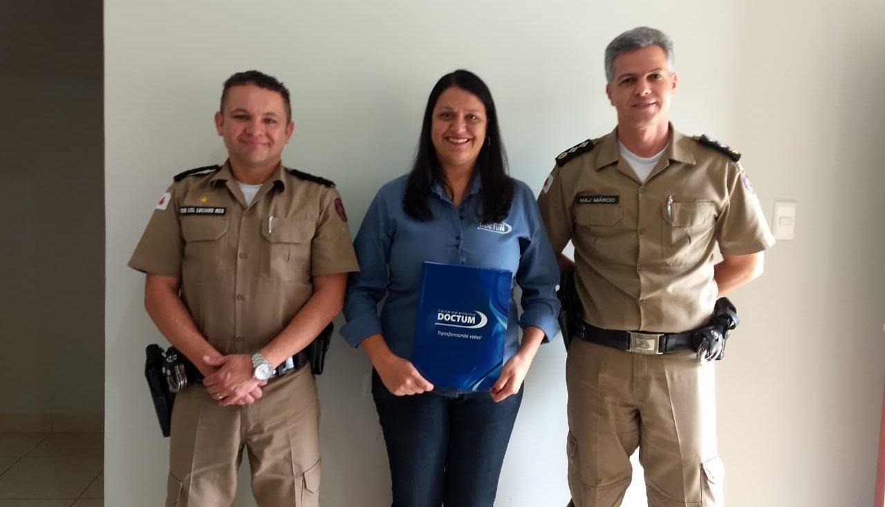 Em Caratinga, Doctum firma convênio com a Polícia Militar de Minas Gerais