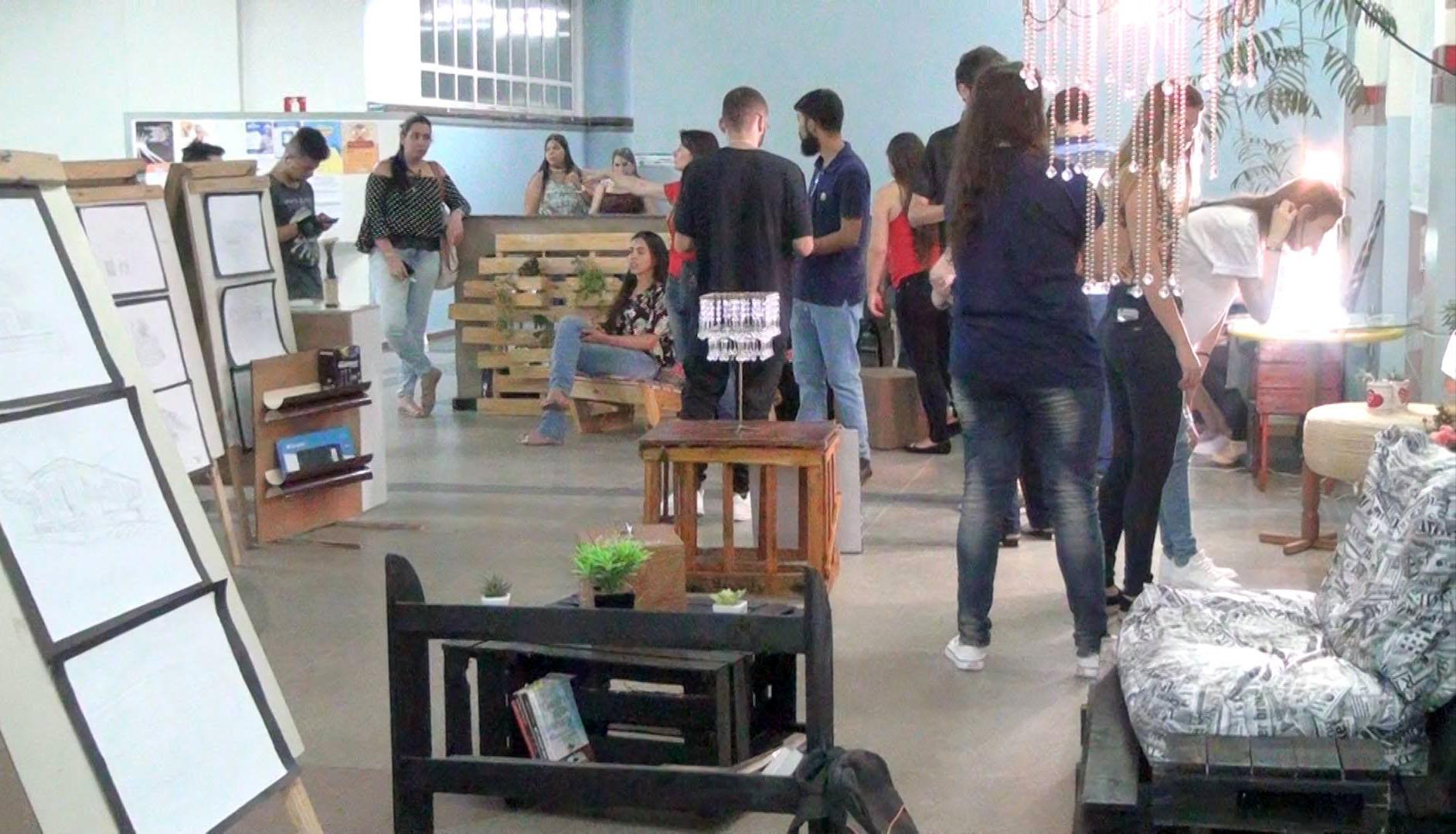 Alunos de Arquitetura e Urbanismo da Doctum promovem ''Feira da Criatividade''