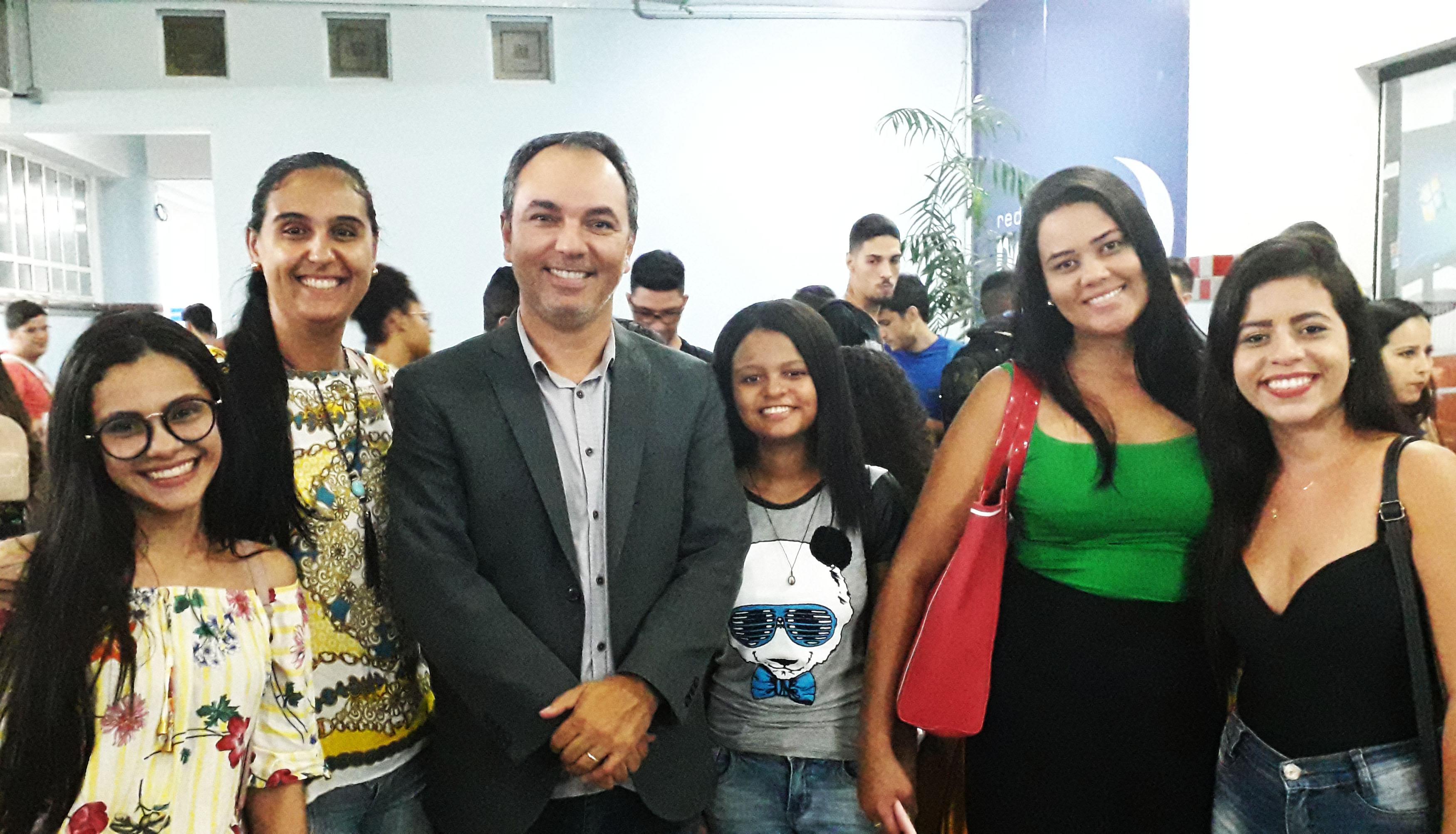 Doctum Caratinga promove recepção festiva para seus calouros