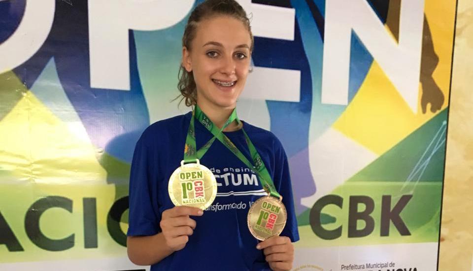 Atletas da Doctum conquistam campeonatos de natação e karatê