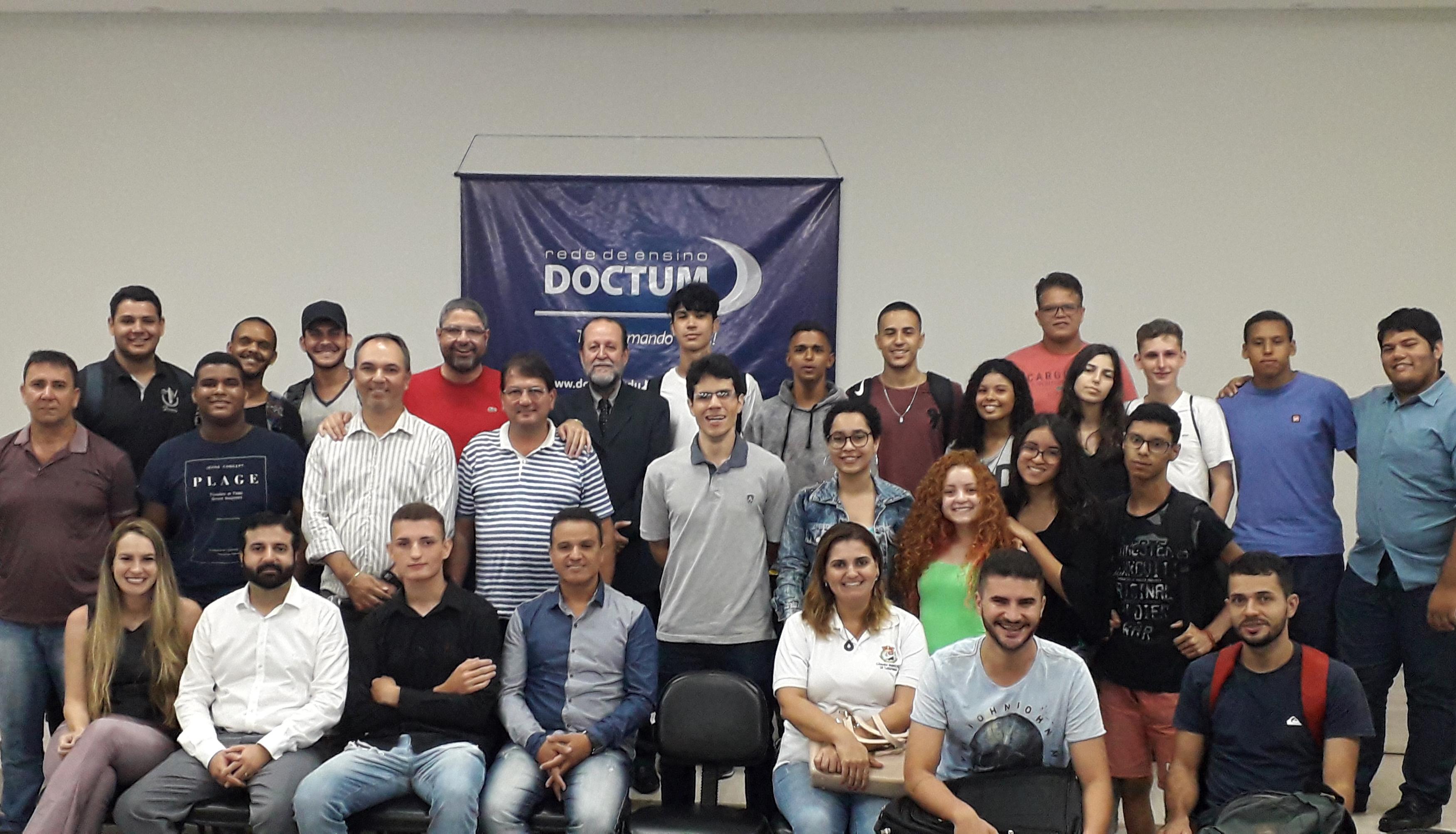 Parlamento Jovem de Minas 2019 tem apoio das Faculdades Doctum de Caratinga e fortalece parceria