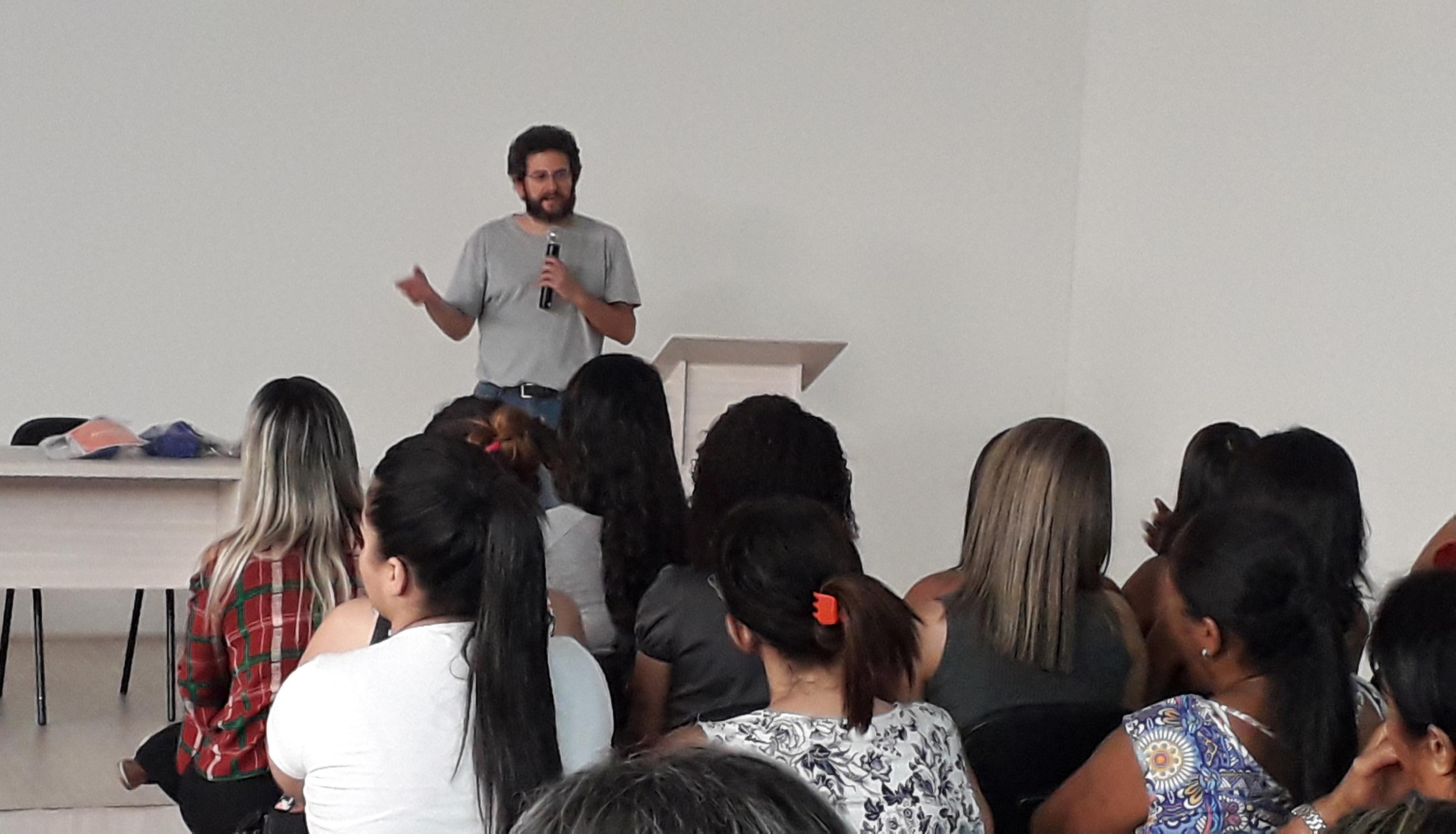 Em Caratinga, Colégio Técnico de Enfermagem promove curso para profissionais da saúde