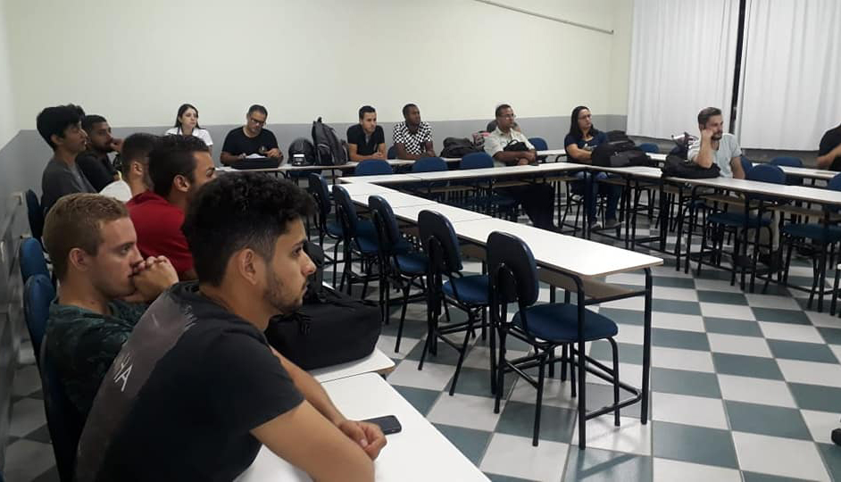 Em Ipatinga, alunos de Engenharia Civil participam de palestra sobre sustentabilidade