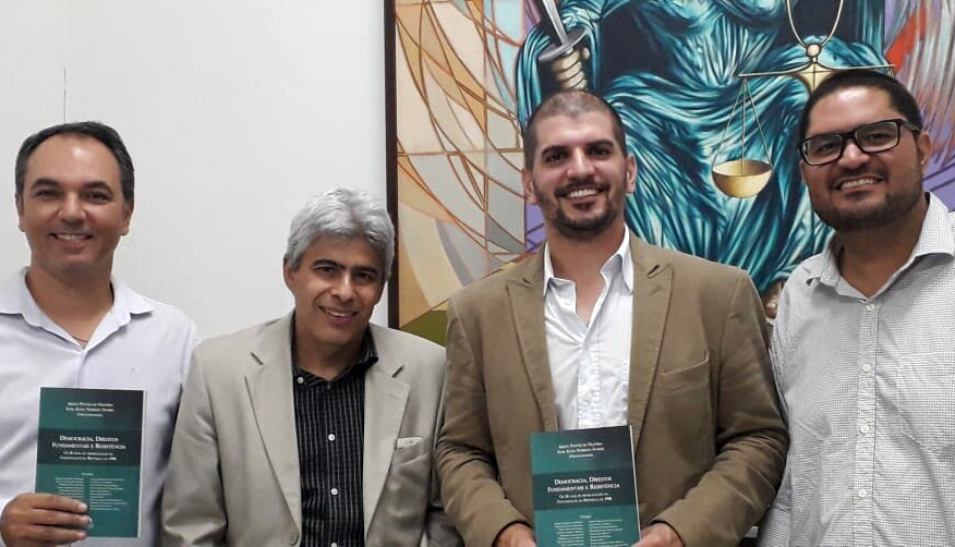 Professores da Doctum Caratinga participam de obra coletiva em homenagem aos 30 anos da constituição brasileira