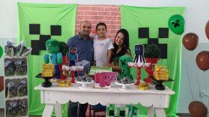 Viviane Ferreira divide o tempo entre os estudos EaD, o trabalho e a família.