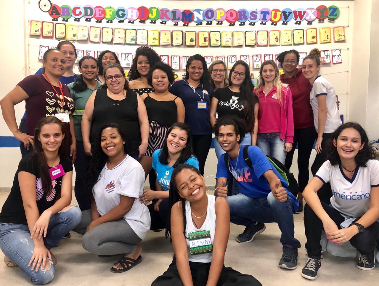 Aula-oficina de práticas alfabetizadoras movimenta estudantes de Pedagogia da Doctum de Serra