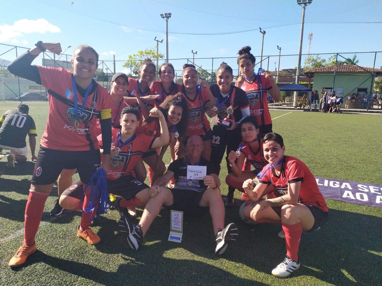 Projeto Social ao Alcance das Mãos realiza primeira copa de Fut7 feminino