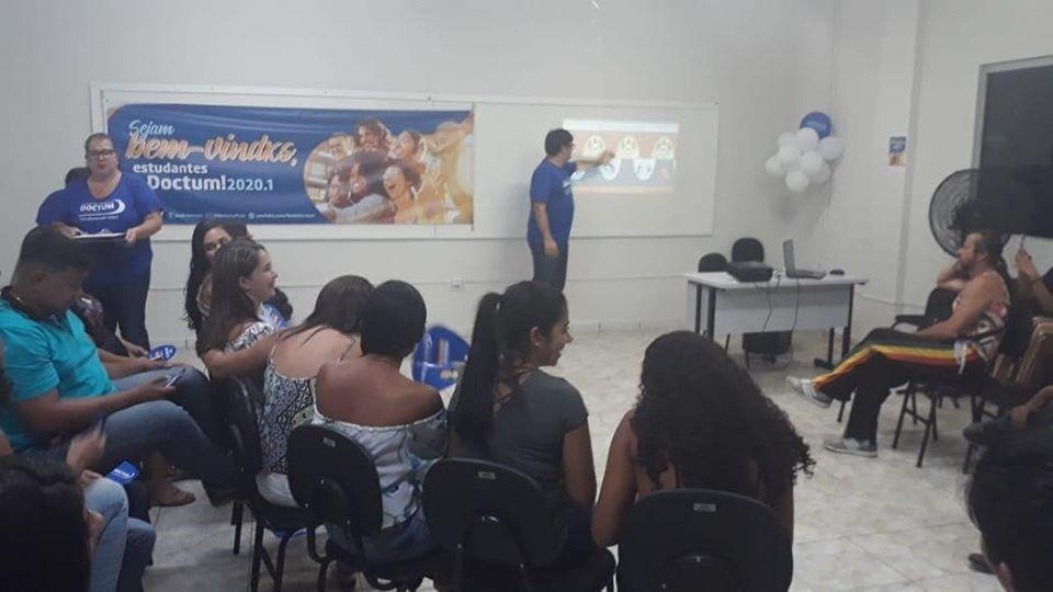 Confraternização marca volta às aulas na Rede de Ensino Doctum