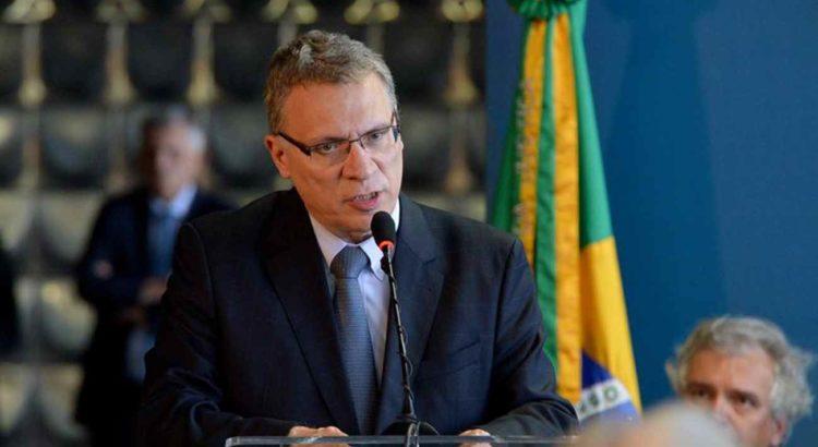 I Congresso Internacional de Ciências Sociais Aplicadas recebe ex-ministro da Justiça
